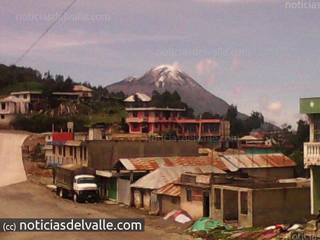 El volcan Tajumulco se vistio de blanco