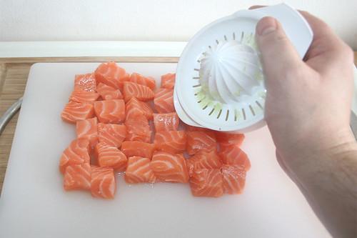 25 - Lachs mit Limonensaft beträufeln / Sprinkle salmon with lime juice