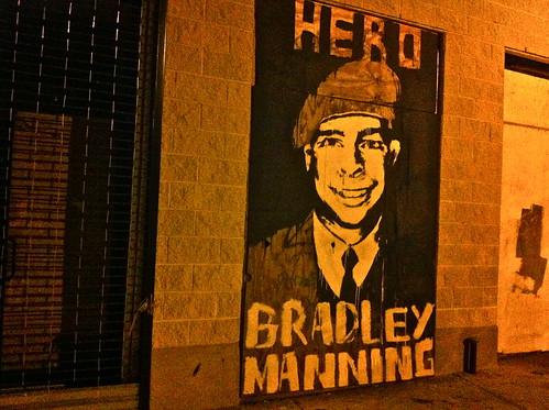 Bradley Manning: Info Hero