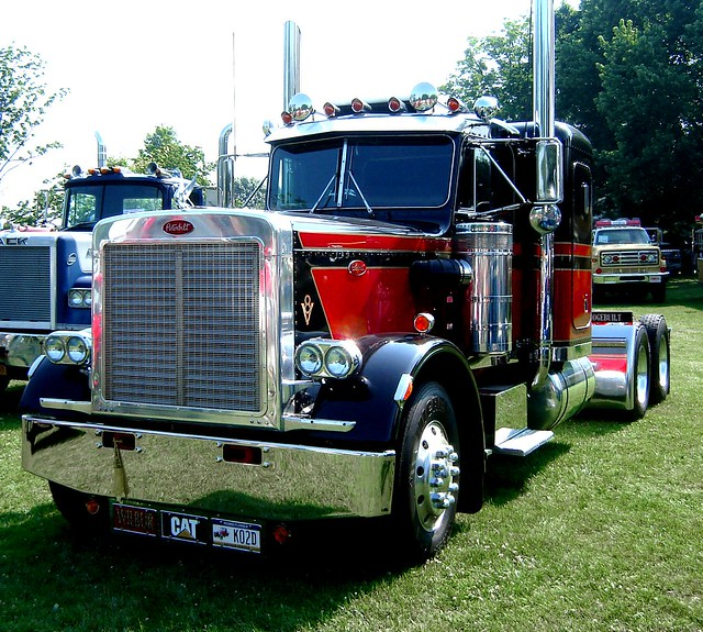 Classic peterbilt at antique truck show macungie antique t flickr photo sharing - Pictures of old peterbilt trucks ...