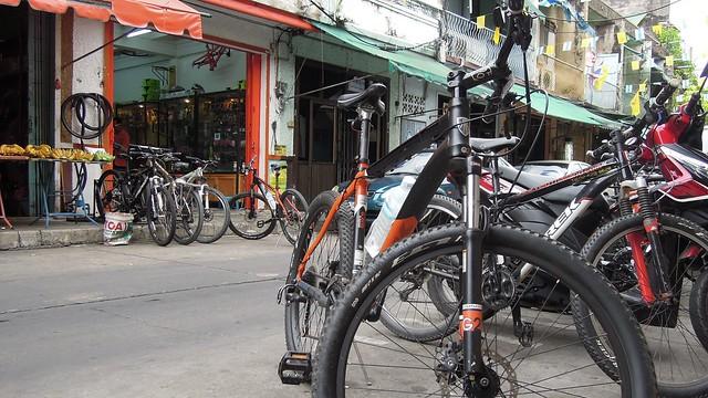 Morning cycle tour of Bangkok with Velo Thailand, Bangkok
