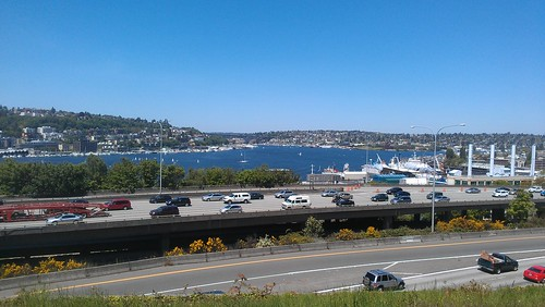 Walking around Lake Union today by christopher575