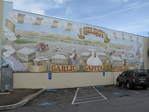Garlic City mural