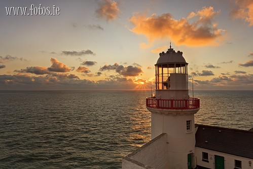 county morning ireland lighthouse sunrise canon dawn head co wicklow 1740 5dmkii