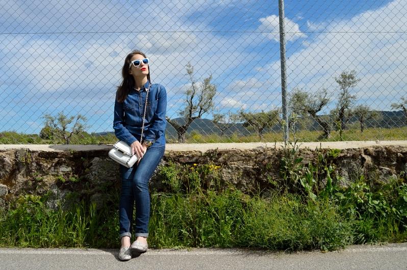 lara-vazquez-madlulablog-easy-look-denim-spring-trends-outfit