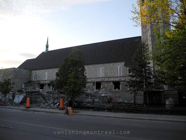 Eglise Notre-Dame-de-la-Paix demolition 24