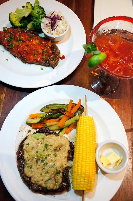 "Tony Roma Raises the ""Steaks"" - more steaks -003"