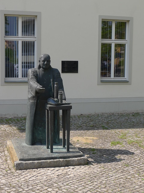 Runge-Denkmal
