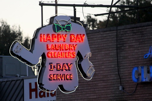Happy Day Laundry Cleaners neon sign - Memphis