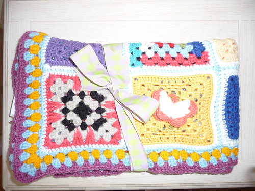 714 'Alpine Meadow' thanks to PurlyGalore for assembling 'Alpine Meadow. It's lovely. Lynnes222 for Squares thank you.