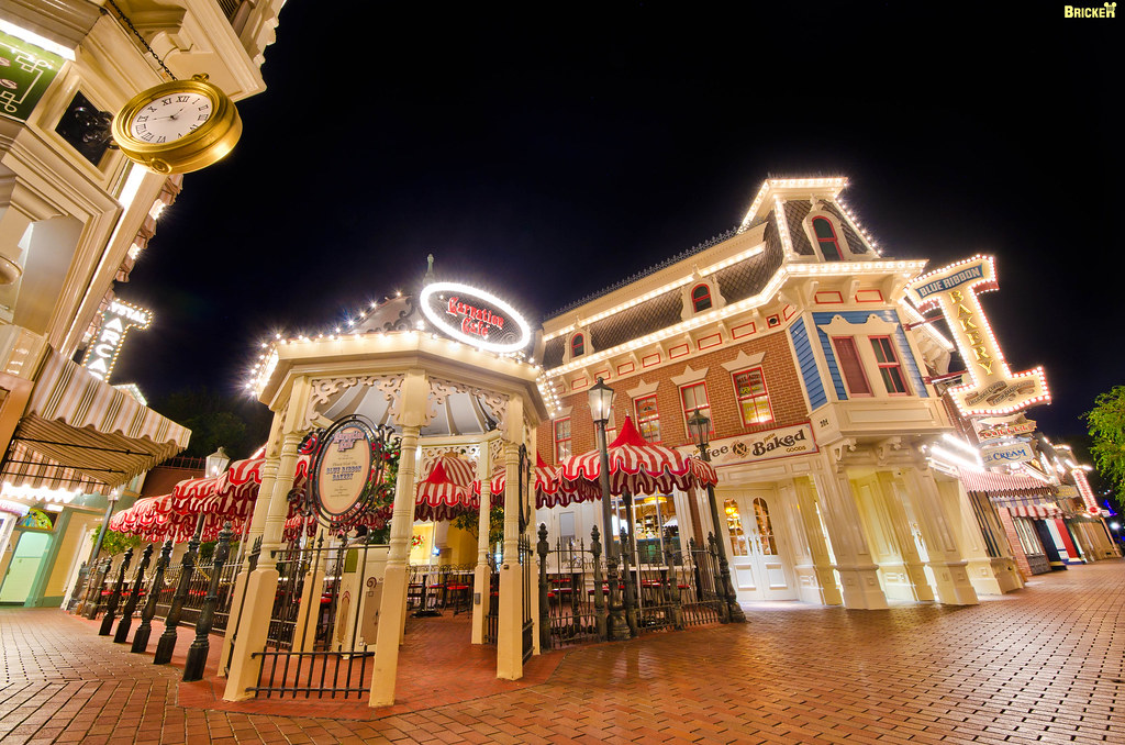 Disneyland's Carnation Cafe