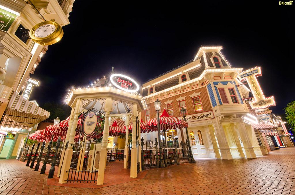 Disneyland's Carnation Cafe