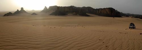 africa travel panorama tourism sahara algeria tour desert offroad 4x4 african dune safari international journey maghreb algerian tamanrasset saharan djanet tassilinajjer tamanrassetprovince