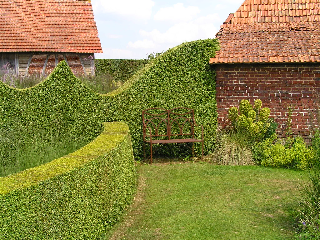 Les haies de buis taill s le jardin plume auzouville for Auzouville sur ry jardin plume