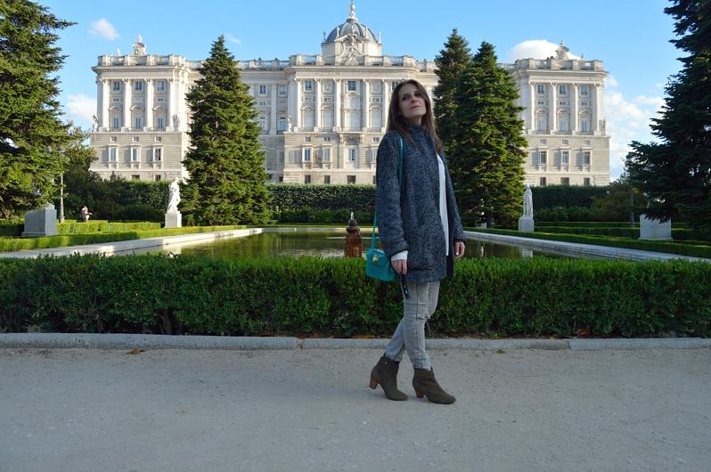 lara-vazquez-madlula-blog-fashion-style-streetstyle-spring-grey