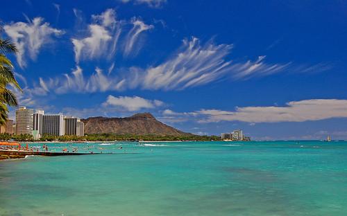 ocean sky clouds hawaii nikon day waikiki pacificocean diamondhead waikikibeach d40 graysbeach nikond40 yabadabbadoo pwpartlycloudy