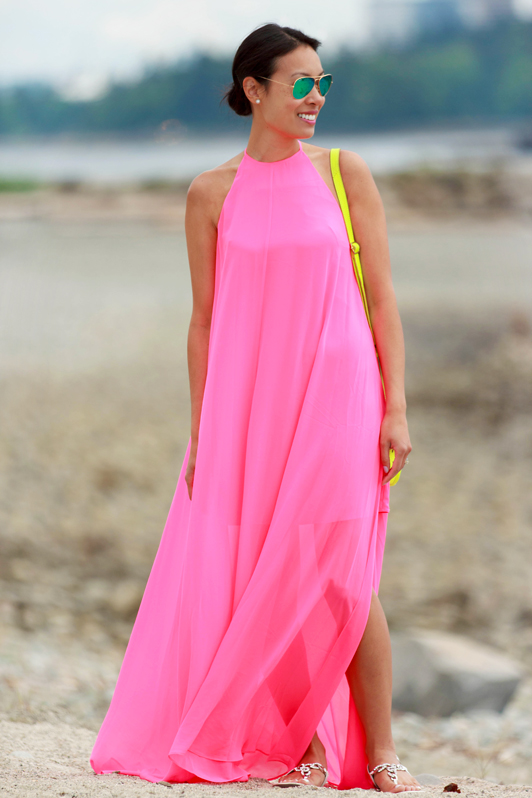 ASOS neon pink halter maxi dress, Ray-Ban mirrored green aviator sunglasses, J. Crew mini bag, fashion, style, beach, Vancouver, spring, blogger