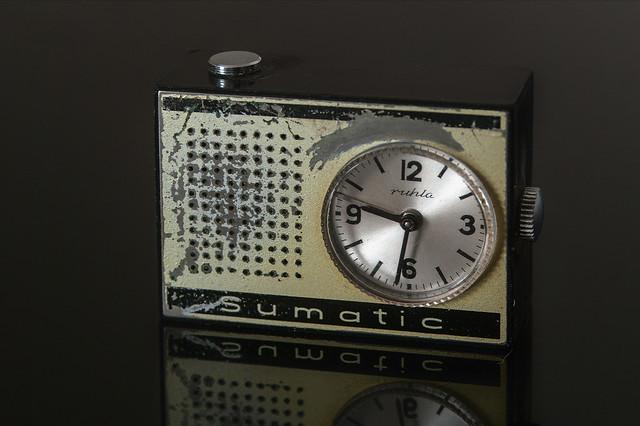 Wecker, Pentax K20D, smc PENTAX-F 35-80mm F4-5.6