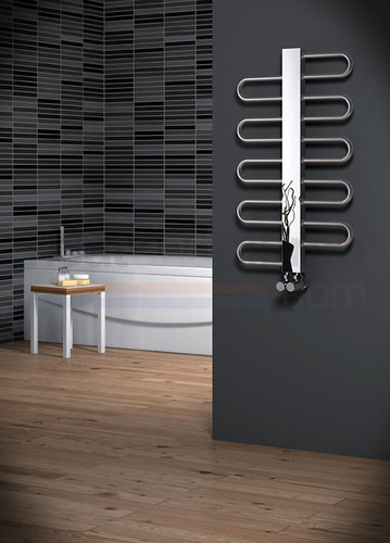 Reina Dynamic Stainless Steel Radiator 890 mm X 550 mm