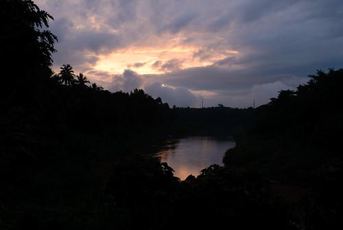 geotagged laos lao louangphabang banxiangmèn geo:lat=1989388800 geo:lon=10213938100