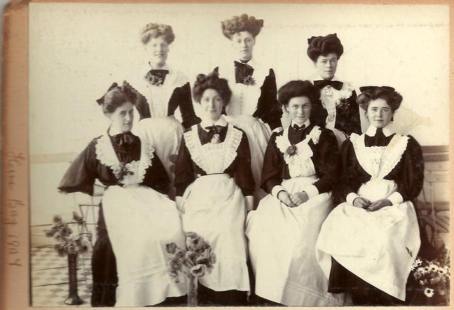 Group Of Edwardian Maids Herne Bay 1907 Flickr Photo