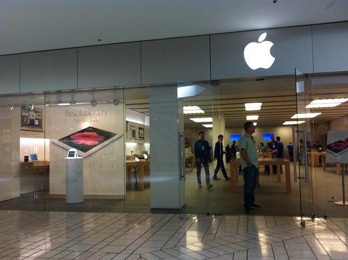 Comprando el iPad 3 en el Apple Center de Beverly Hills