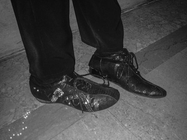 kylesuberglitteryshoes