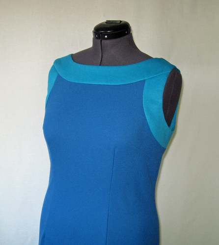 Color block blue dress bodice view