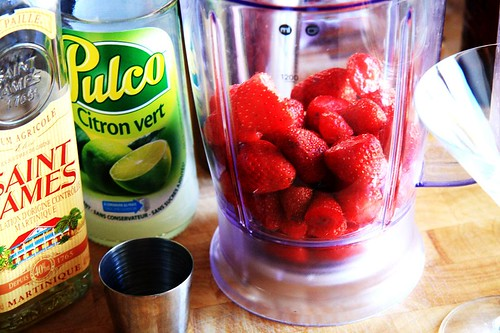 ingredients for strawberry daiquiri