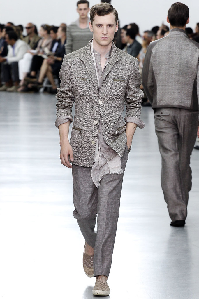 SS13 Milan Corneliani004_George Barnett(VOGUE)