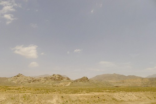yazd-shiraz-L1020922