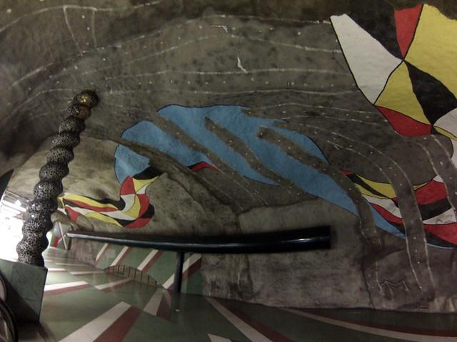 Interior de las estaciones del metro de estocolmo metro de estocolmo - 14036063659 619b291f8d z - Arte en el metro de Estocolmo