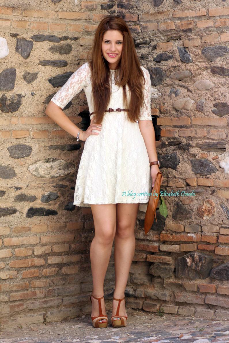 vestido-encajes-blanco-primavera-verano-clutch-pull-and-bear-HEELSANDROSES-(5)