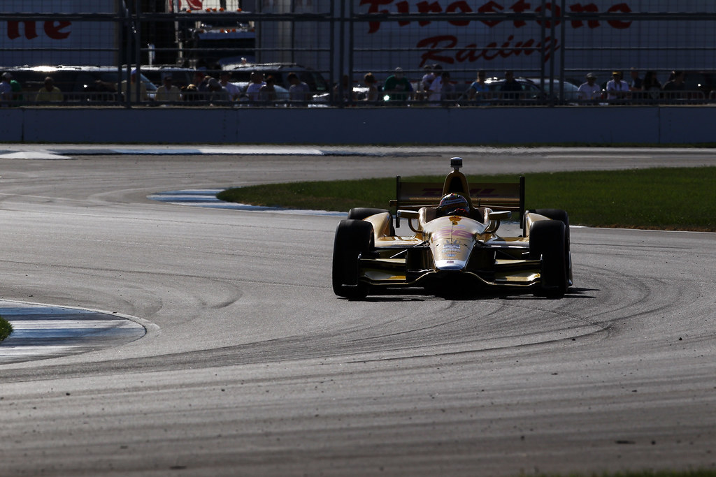Ryan Hunter-Reay on his way to 2nd