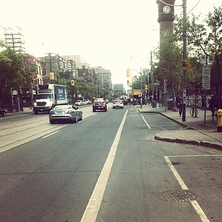 Perfect weather makes it much more palatable to expand your lunch range by bike! #latergram #friday #biketo