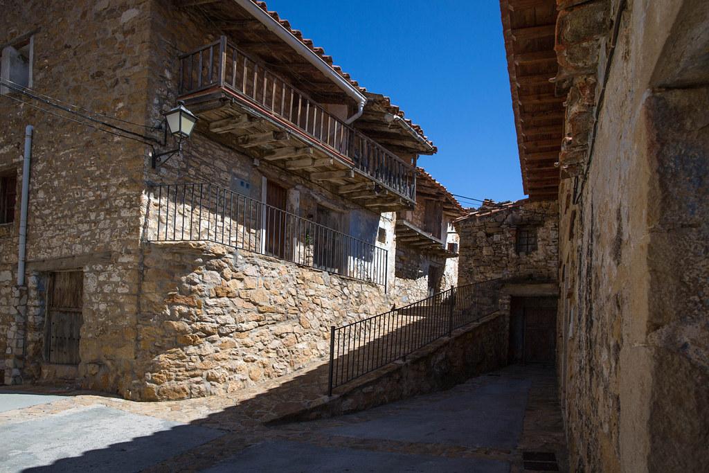 Ballestar castell n spain tripcarta - Casa rural fredes ...