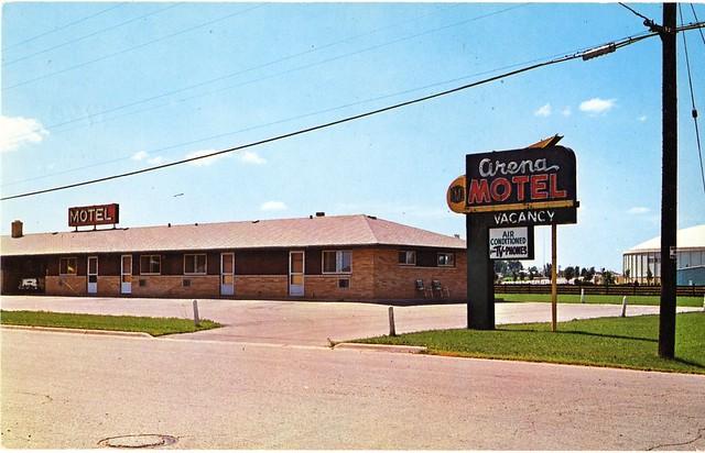 arena motel green bay wisconsin flickr photo sharing. Black Bedroom Furniture Sets. Home Design Ideas