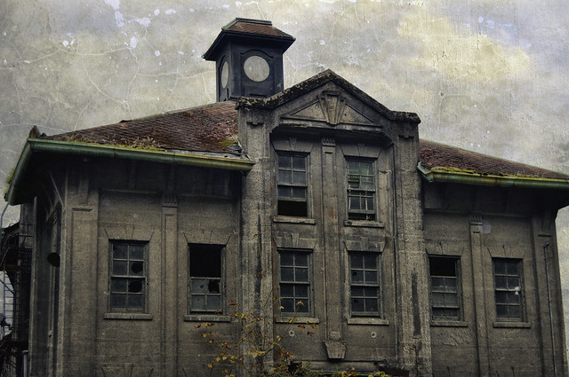 Old Port Building Portland Or Flickr Photo Sharing