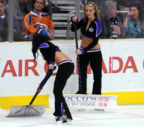 LA Kings Ice Girls at Staples Center, 12-4-10