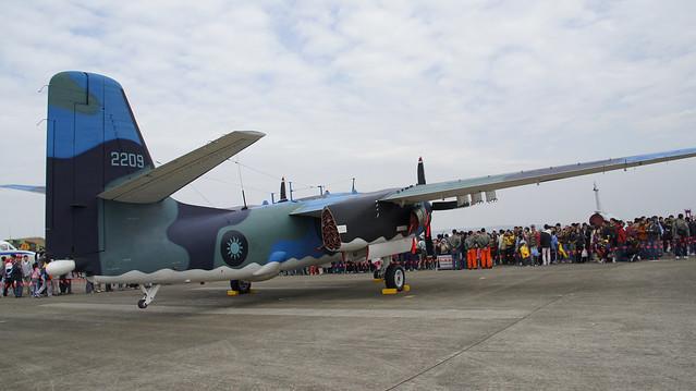反潜飞机 s-2t