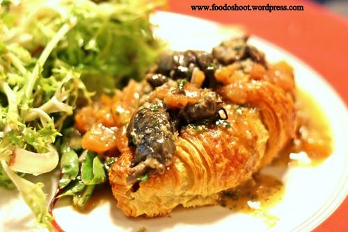 La petite cuisine casual french restaurant missuschewy for Petite cuisine restaurant