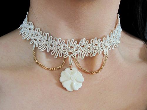 White Handmade Flower and Lace Choker