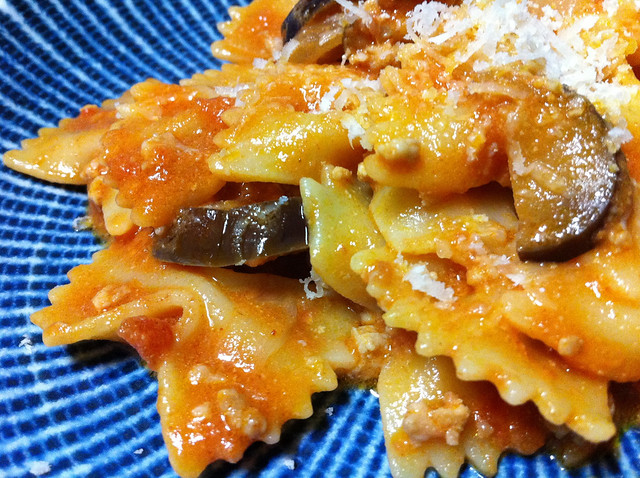 Bow Tie Pasta with Chicken, Eggplant, Ricotta & Tomato Sauce | Flickr ...
