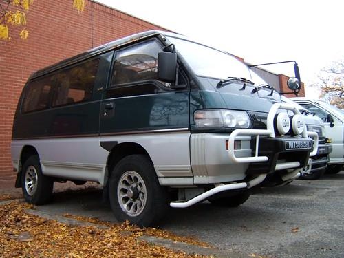 Mitsubishi Delica L300 Star Wagon