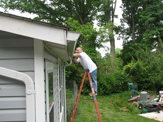 cleaning gutters portland home builders