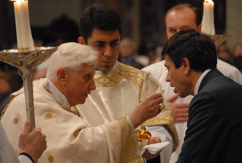 La Comunione da Papa Benedetto XVI