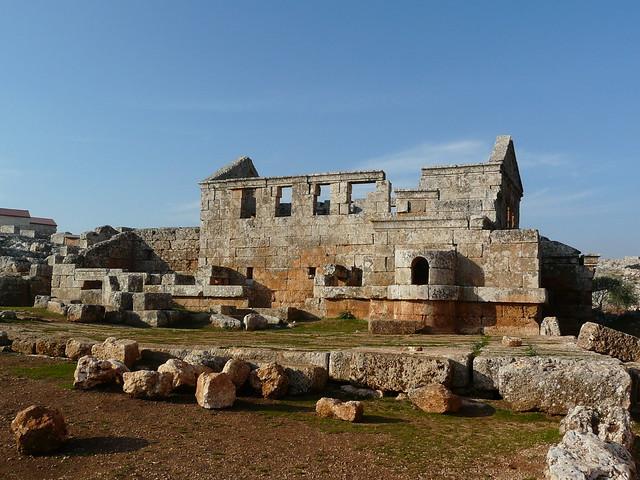 Las aldeas antiguas del norte de Siria. Complejo de baños y cisterna subterránea en Serjilla.