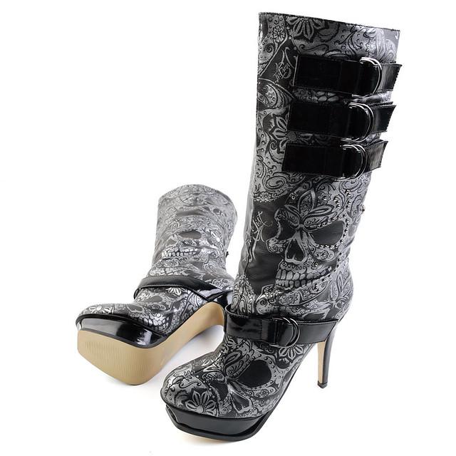 Iron fist skull boots
