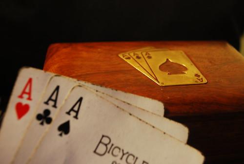 con las cartas correctas