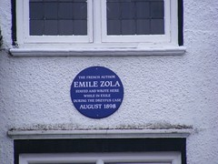 Photo of Emile Zola blue plaque